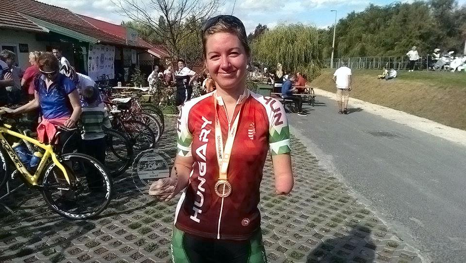 Levay-Petra-Gratulalunk-Fulop-Henrik